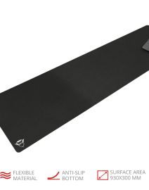 gxt_758_gaming_mouse_pad_-_xxl_3-1.png